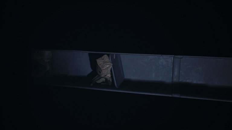Little Nightmares 2 game guide - Block the vent if possible