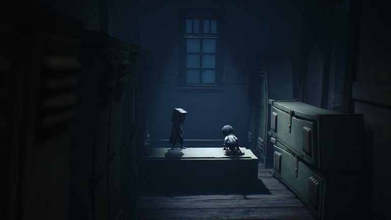 Little Nightmares II Game Guide - Use the lockers as a stepping stone