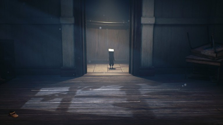 Little Nightmares II game guide - Mono steps into the green elevator
