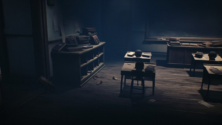 Little Nightmares II game guide - Move to the last desk
