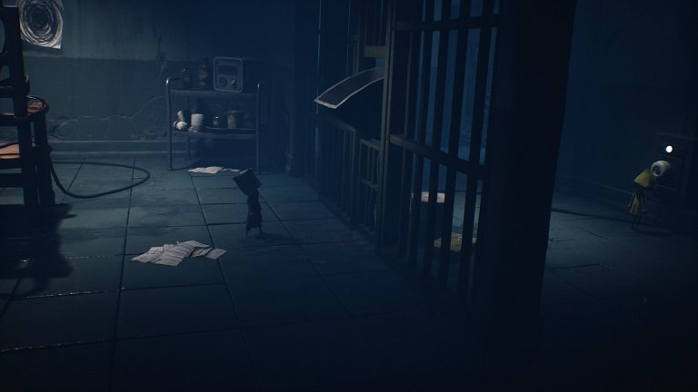 Little Nightmares II Hospital Walkthrough Guide - Use the item box for fuse