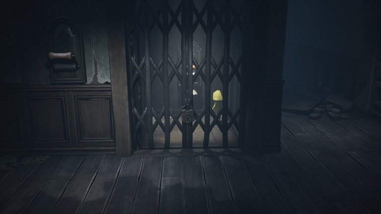 Little Nightmares II Pale City Walkthrough Guide - Look around from the inside of the elevator